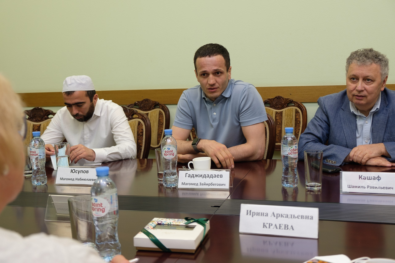 Подписано соглашение о сотрудничестве между МГЛУ и Дагестанским гуманитарным институтом