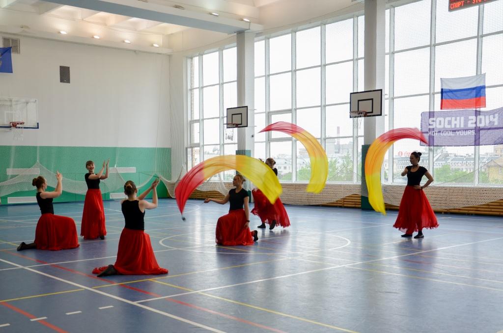 Спортивный праздник мастер спорта по художественной гимнастике Алиса Ивах ФАЯ